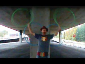 マジックのような4本フープ【Quad Hoop】技いろいろ